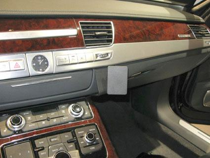 Audi_A8_11_13_51478b7968ef2.jpg